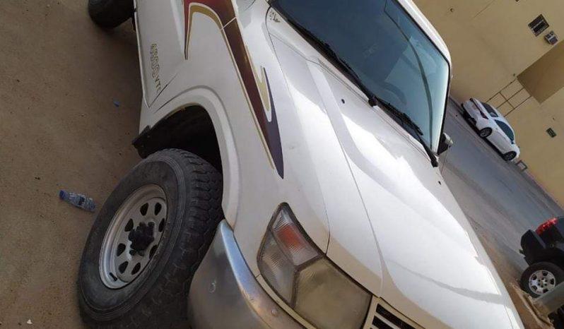 نيسان ممشي 218 موديل 2004 المكان الرياض ممتلئ