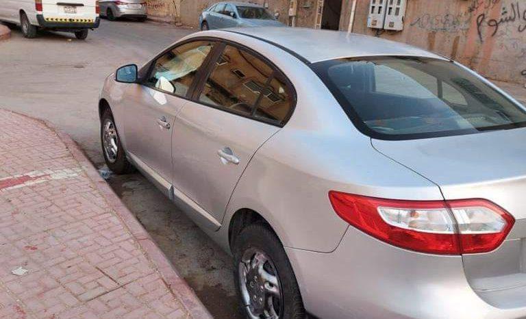 رينو فلونس موديل 2013 المكان الرياض ممتلئ