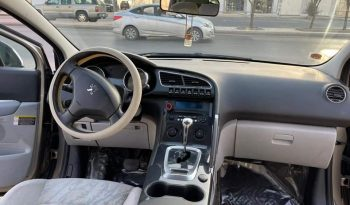 للبيع بيجو ٣٠٠٨ موديل 2013 المكان الرياض ممتلئ