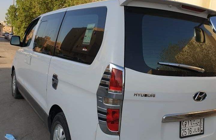 للبيع H1هيونداي موديل 2012 المكان الرياض ممتلئ