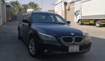 للبيع بي ام دبليو 520i موديل 2010 المكان الرياض ممتلئ